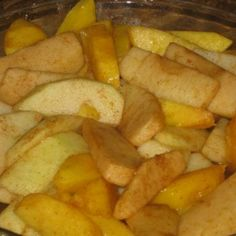 Weight Watchers Splenda Baked Apples - This is a simple and delicious treat that's great as a side item during dinner or even dessert. I like to eat them for breakfast, as breakfast is hard to fit into a diet. Each serving is only 2 weight watchers points! (borrowed from splenda.com)