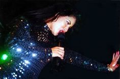 Selena Quintanilla Perez in 1995 Selena Quintanilla Perez, Selena Mexican, Mexican American, I Miss Her, We Fall In Love, Best Artist, My Idol, Actors & Actresses, Beautiful People