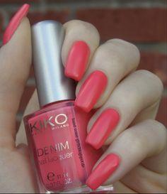 Kiko Boulevard Rock LE - Denim Nail Lacquer - 460 Ink Pink