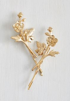 Fleur-ever and a Day Hair Pin Set. Youll never part with trinkets as darling as these ModCloth-exclusive hair pins! #gold #modcloth