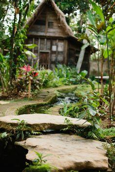 Bambu Indah - Path to Udang House - Dulce Photography