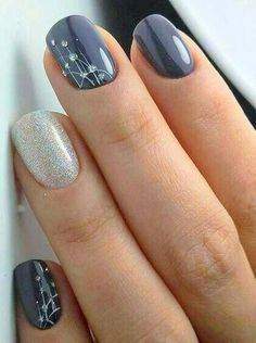 Party Nail Designs Idea new lovely nail art designs to look beautiful on party Party Nail Designs. Here is Party Nail Designs Idea for you. Party Nail Designs sparking new years party nails classic nail art design nail. Nagellack Design, Nagellack Trends, Gorgeous Nails, Pretty Nails, Bridal Nail Art, Nails 2018, Glitter Nail Art, Gray Nail Art, Silver Glitter