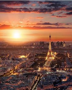 Gorgeous sunset captured in Paris, France Courtesy of @ilhan1077