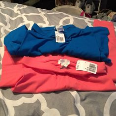 NWT Leggings Imperial blue and coral leggings NWT. Received as a gift but I have too many leggings. Both size small. Forever 21 Pants Leggings