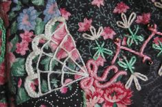 https://www.flickr.com/photos/20624555@N00/3411646198/in/pool-crazyquilting/