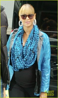 Beyonce and her cunning ways with scarves #bumpychic