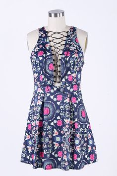 Cupshe Cut to the Lace Up Flower Dress
