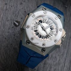 Chrono24 Offer of the day - Linde Werdelin Oktopus MoonLite - White  offered by the manufacturer, Linde Werdelin, themselves for €19,388 - Simply type the link into your browser or see in the bio: c24.deals/317  #lindewerdelin #chrono24 #lwonchrono24 #chrono24lindewerdelin #watchfam #watchaddict #watchnerd #watchesofinstagram #horology #wis #watchoftheday #watches #watchporn #wristporn #wristgame #watchaddict #orologi #uhr #montre #haute #часы #offeroftheday #chrono24offeroftheday #germany