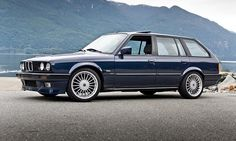 bmw touring wagon 3251 | BMW 3-series E30 wagons are making their way to the U.S.