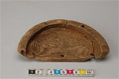 Wooden bowl from Uppsala, the neighbourhood Domen. Medieval.