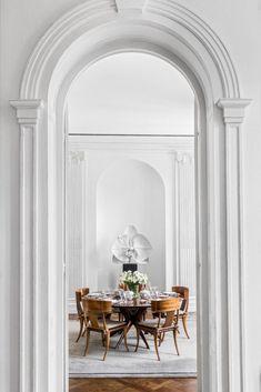 Habitually Chic® » Remembering François Catroux Parisian Decor, Parisian Apartment, Paris Apartments, Century Hotel, Drapery Designs, Monochromatic Color Scheme, Circular Table, Bedroom Photos, Moldings And Trim
