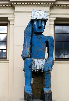 Volk Ding Zero (2009) by Georg Baselitz outside at the Hamburger Bahnhof in Berlin
