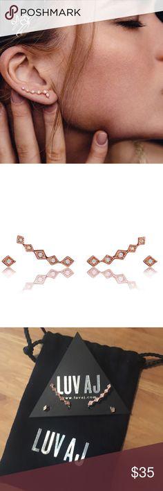 ❣️NEW! Diamond Kite Crawler + Stud Set Brand new! Diamond Kite Crawler + Stud Set in Rose Gold.   I have 2 sets available!   Retail $85+tax   No trades/holds LUV AJ Jewelry Earrings