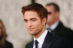 Robert Pattinson Messy Cut