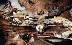The Lascaux Caves in the Dordogne region of southwest France contain some of the oldest and finest prehistoric art in the world. The cave paintings Ancient Art, Ancient History, Art History, Art Pariétal, Ap Art, Lascaux Cave Paintings, Wall Paintings, Paleolithic Art, Paleolithic Period