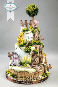 Winnie the Pooh - Classic Edition Cake by MLADMAN