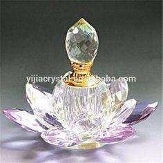 Wholesale Beautiful Brand Custom Crystal Glass Perfume Bottle for Wedding Gift