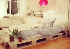 instructions to make a queen sized pallet bed frame!!! | decor