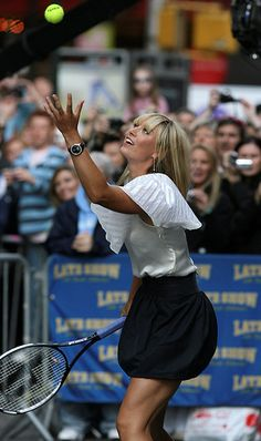 Maria Sharapova had a tennis match with David Letterman on the street outside the show's studios in New York.