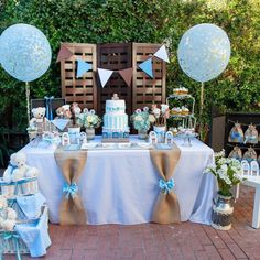The dessert table with this teddy bear baby shower is beautiful ! I love the decorat … – Ideen – Baby Shower Cadeau Baby Shower, Idee Baby Shower, Baby Shower Cakes For Boys, Baby Shower Vintage, Baby Shower Decorations For Boys, Boy Baby Shower Themes, Baby Boy Shower, Boy Baptism Decorations, Baby Shower Desert Table