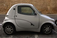 Tiny italian car by Chi sin Gweilo