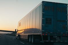 How to Drive Safely Next to Trucks and 18 Wheelers