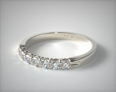 18K White Gold 0.25ctw Seven Stone Common Prong Diamond Anniversary Ring