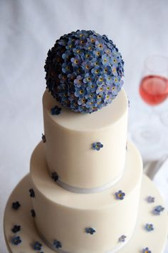 Forget-me-nots Flower wedding Cake baked by Jane.