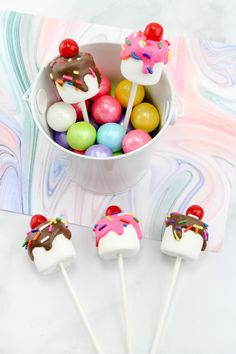 How to Make Marshmallow Pops: Ice Cream Sundae Birthday Dessert Idea - Frugal Party Ideas - selber machen ice cream cream cream cake cream design cream desserts cream recipes How To Make Marshmallows, Chocolate Covered Marshmallows, Marshmallow Pops, Betty Crocker, Birthday Party Desserts, Candy Land Birthday Party Ideas, Party Candy, Kids Party Themes, Party Games