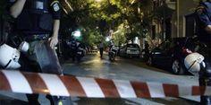 """ΦΩΤΟ - Έκρηξη στα Εξάρχεια: """"Δεν είναι φάρσα, η αστυνομία θα μαζεύει τους ανθρώπους από τα παράθυρα"""""""