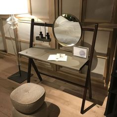 Make up table with mirror and leather top