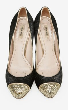 Miu Miu Black And Gold Pump | VAUNTE