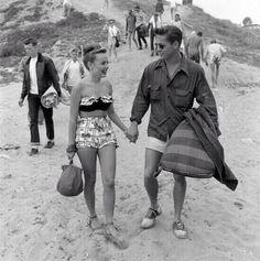 Love the 50's fashion.