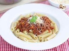#menú #plato Salsa #boloñesa , receta italiana --> https://www.petitchef.es/recetas/plato/salsa-bolonesa-receta-italiana-fid-1566356?utm_content=buffer4f9c7&utm_medium=social&utm_source=pinterest.com&utm_campaign=buffer + video paso a paso