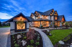 Transitional style home in British Columbia showcases gorgeous details This transitional style home was designed by G Square Design Studio along with Currant Interior Design, located in the High Point Estates, in Langley, British Columbia, Canada. Future House, My House, Style At Home, Rustic Home Design, Transitional House, Transitional Bathroom, Transitional Lighting, Dream House Exterior, British Columbia