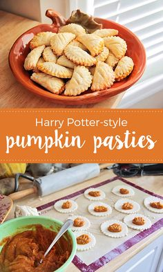 These delicious and sweet Harry Potter-style pumpkin pasties are so easy to make at home! If you& a nerd like me, July 31 is a special day. it& Harry Potter& birthday! Harry Potter Desserts, Harry Potter Treats, Harry Potter Pumpkin, Harry Potter Food, Harry Potter Halloween, Harry Potter Theme, Harry Potter Baking Recipes, Harry Potter Style, Pumpkin Recipes