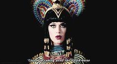 Tags mais populares para esta imagem incluem: dark horse, katy perry, music, the queen of pop e perfection Katy Perry Music Videos, Katy Perry Gif, Best Night Ever, Dark Horse, Girls Image, Animated Gif, My Idol, We Heart It, Captain Hat