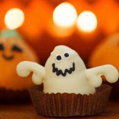 Three Types of Halloween Parties to Host
