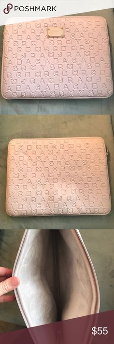 """Marc Jacobs 15"""" Inch Laptop Sleeve Mint condition. Bought it for my mom and she never used it! Marc Jacobs Accessories Laptop Cases"""