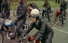 Pauline Dale No. 15 waiting on the line at the Silverstone Trophy Day Meeting 1958 The 50cc Race – via Classic 50 Racing Club