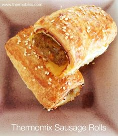 Healthy Homemade Sausage Rolls - place bbq sauce with Worcestershire sauce Thermomix Sausage Rolls, Homemade Sausage Rolls, Thermomix Bread, Hidden Vegetables, Bbq, Puff Pastry Recipes, Puff Pastries, Savory Snacks, Savoury Recipes