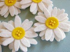 Flores | Broches de Fieltro | Fotos y vídeos para aprender a hacer broches de fieltro - Part 4 | deas originales y patrones para hacer broches de fieltro