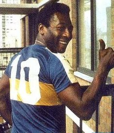 Pelé Football Icon, Football Is Life, World Football, School Football, Football Soccer, Diego Armando, Sport Nutrition, Club America, Association Football