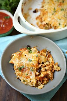 This Weight Watchers Chicken Taco Casserole is only 7 PointsPlus. Many of the ingredients (onion, bell pepper, salsa) are 0 point foods, meaning it will be more filling with less points!Weight Watchers Chicken Taco Casserole 7 PointsPlusIngredients:2 cups cooked chicken or chicken…