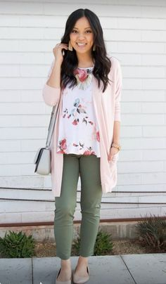 5 Ways to Wear a Pink or Blush Cardigan for Spring - Business Casual: Blush Cardigan + Olive Pants + Nude Flats + Floral Top + Statement Earrings - Pastel Outfit, Floral Top Outfit, Blush Pink Outfit, Business Casual Outfits, Professional Outfits, Young Professional, Business Attire, Summer Business Casual, Business Chic