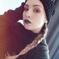 Obserwujący: 23.3 tys., obserwowani: 1,118, posty: 957 – zobacz zdjęcia i filmy zamieszczone przez Katarzyna (@kesencja) na Instagramie Instagram, Fashion, Moda, Fashion Styles, Fashion Illustrations