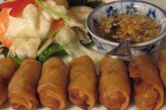 Cambodian Spring Rolls--When we lived in California we had so many Cambodian friends that would invite us to their parties all the time and they served THE BEST food. My favorite was the fresh Spring Rolls! Cambodian Food, Cambodian Recipes, Laos, Chicken Spring Rolls, Asian Recipes, Ethnic Recipes, Asian Foods, Chinese Recipes, Egg Roll Recipes
