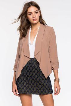 Блейзер Размеры: S, M, L Цвет: бежевый Цена: 1598 руб.     #одежда #женщинам #блейзеры #коопт