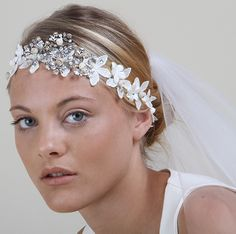 How to choose accessories for your wedding dress | Nymphi Design  See more on Love4Wed  http://www.love4wed.com/how-to-choose-accessories-for-your-wedding-dress/