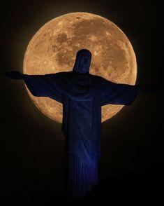 Christ The Redeemer, Rio 2016, To Go, Batman, Superhero, Fictional Characters, Rio De Janeiro, Pictures, Fantasy Characters